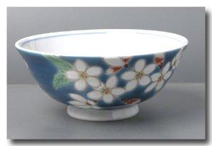 画像3: 九谷焼飯碗 紺地桜(紙箱入)